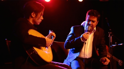 4. Hélder Moutinho in concert and fado in the diaspora (Toronto) [PT]: https://pchpblog.wordpress.com/2015/12/10/episode-on-helder-moutinhos-concert-and-fado-in-the-diaspora/